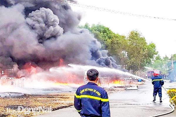 Cảnh báo nguy cơ cháy, nổ tại các bãi phế liệu